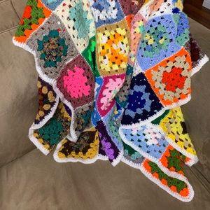 Vtg Granny Square crochet Afghan Quilt Blanket